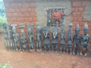 Objets d'arts Africain très ancien / Very old Afri